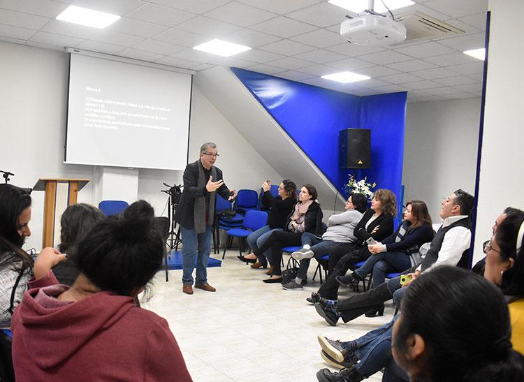 Visit of the pastor Aquiles Maza | Centro de Vida Cristiana