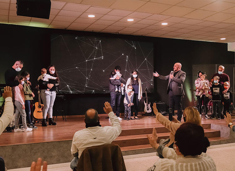 Presentation of our children | Centro de Vida Cristiana